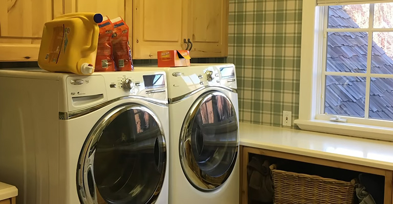 How Do I Get the Mildew Smell Out of My Laundry Room Fi