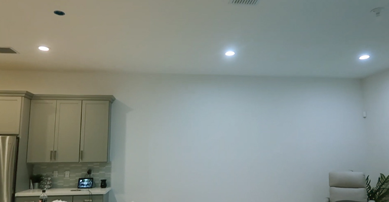 What Are Daylight Bulbs Used For